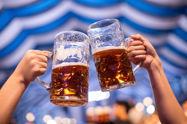 2ª São Paulo Oktoberfest traz experiência cervejeira com a Einsebahn e diversos sabores para amantes de cervejas artesanais